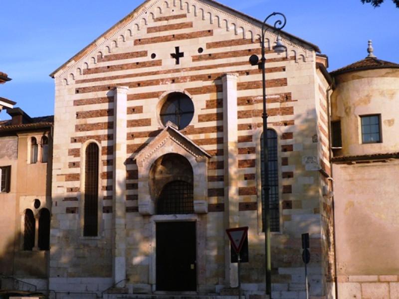 Santo Stefano Kirche